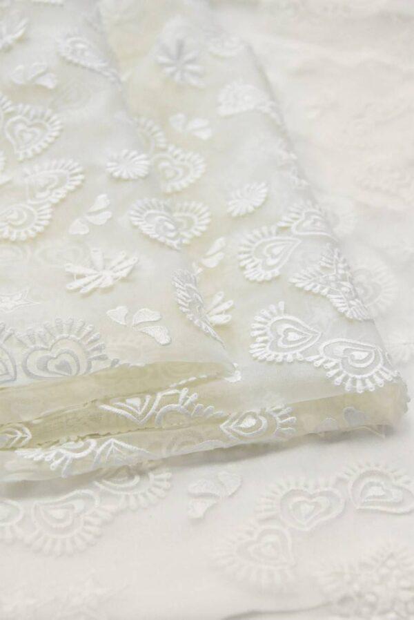 Органза шелк с вышивкой звездочки сердечки молочная (4832) - Фото 8