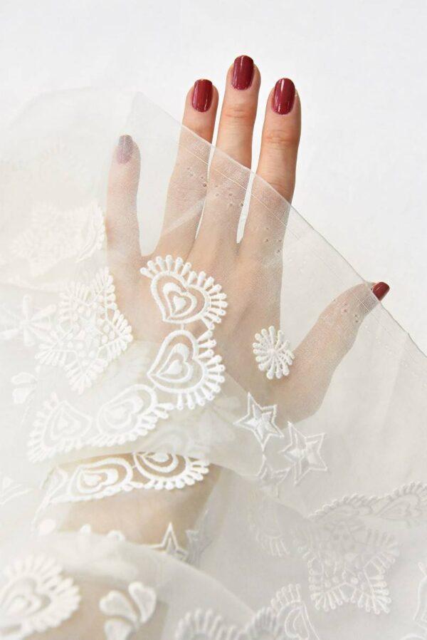 Органза шелк с вышивкой звездочки сердечки молочная (4832) - Фото 10