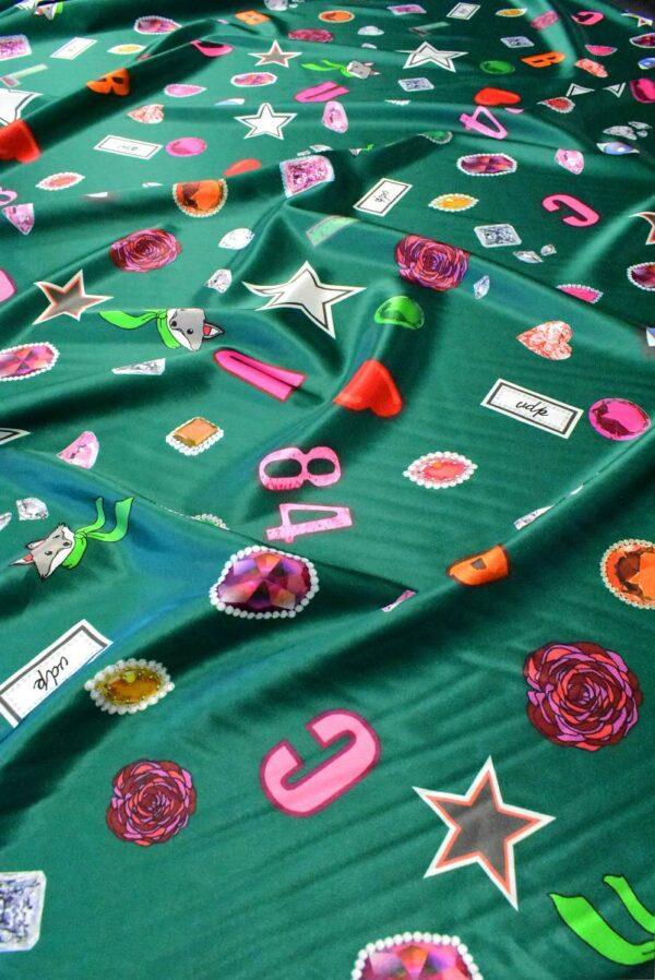 Атлас стрейч зеленый с енотами цифрами звездами (6417) - Фото 6