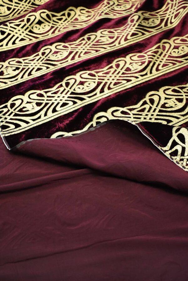 Бархат шелковый бордо с золотым орнаментом (7683) - Фото 7