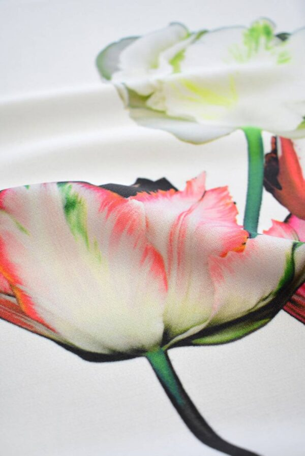 Креп с купоном красные тюльпаны на молочном (7738) - Фото 11