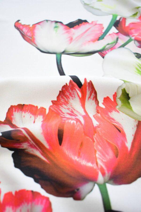 Креп с купоном красные тюльпаны на молочном (7738) - Фото 9