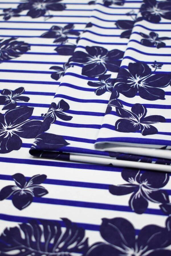 Трикотаж белый в синюю полоску с цветами 4