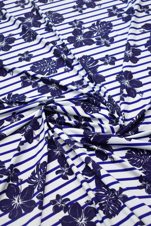 Трикотаж белый в синюю полоску с цветами 2