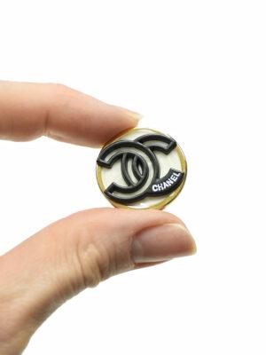 Пуговица металл в золотой окантовке с черными буквами (р1480) - Фото 23