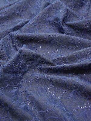 Джинс с вышивкой ришелье синий с фиолетовым оттенком (3947) - Фото 14