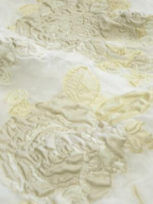 Органза шелк вышивка кремовые цветы на молочном (4500) - Фото 15