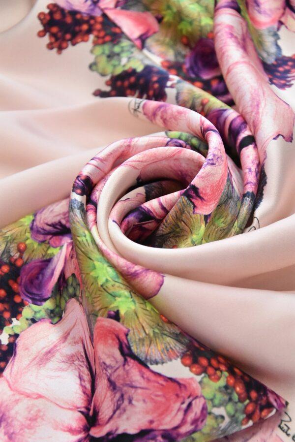 Шелк атласный с купоном розовый фон кайма из цветов (4968) - Фото 7