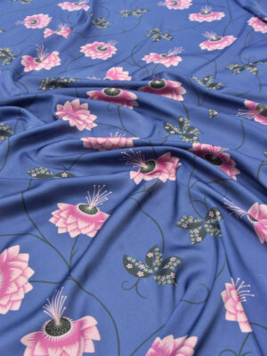 Креп плательный синего оттенка с розовыми цветами (5348) - Фото 15