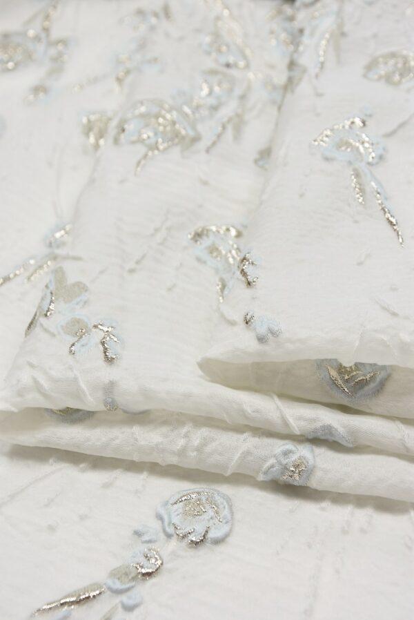 Жаккард шелковый с серебряными и голубыми цветами на белом (5477) - Фото 7