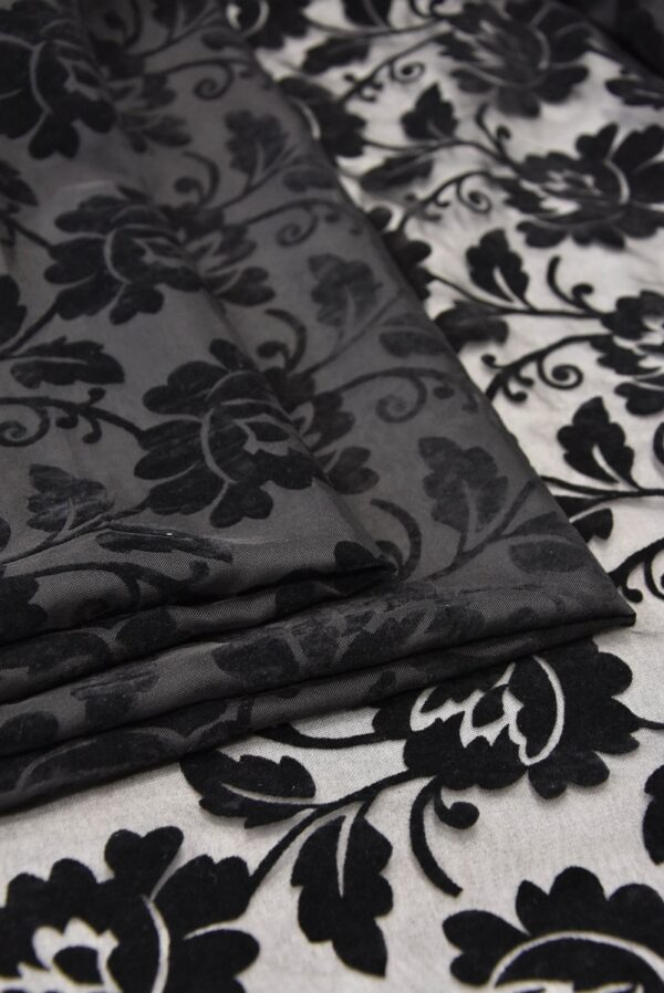 Бархат Деворе с черными цветами (5546) - Фото 8