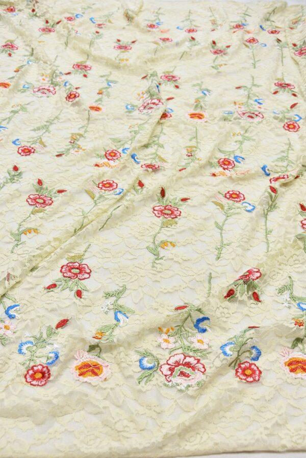 Гипюр с вышивкой Садовые цветочки на ванильном (5554) - Фото 6