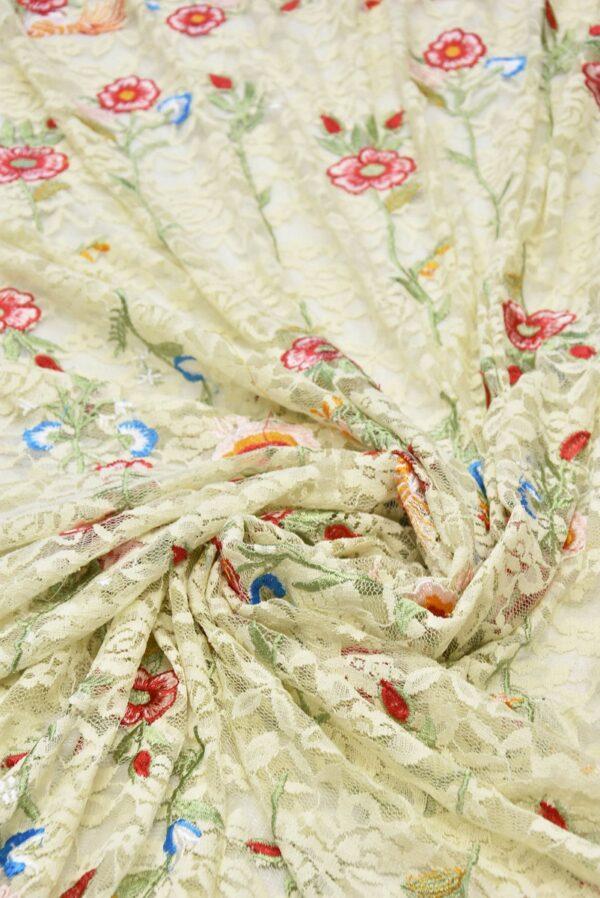 Гипюр с вышивкой Садовые цветочки на ванильном (5554) - Фото 9