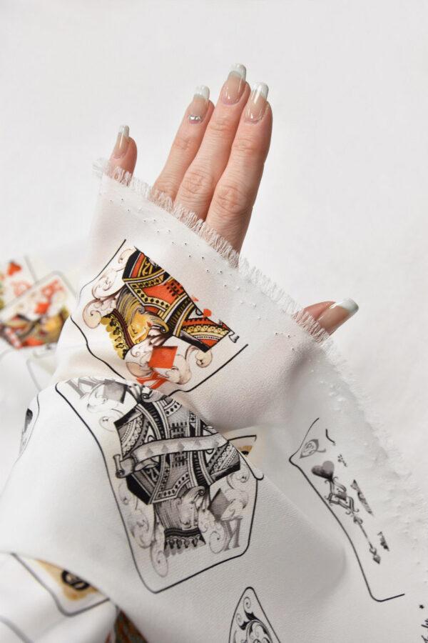 Шелковый креп стрейч белый с картами (6083) - Фото 10