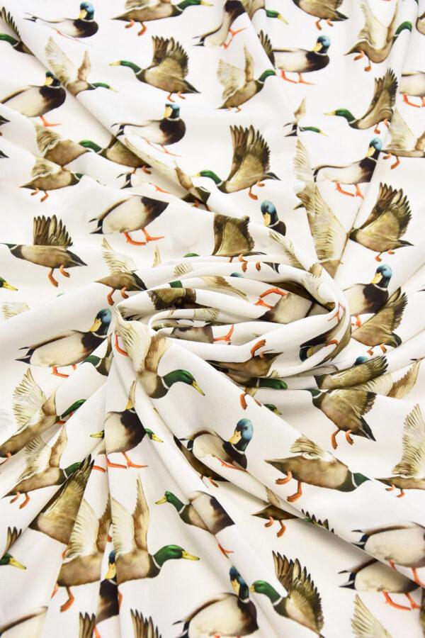 Шелковый креп стрейч утки на белом (6084) - Фото 8