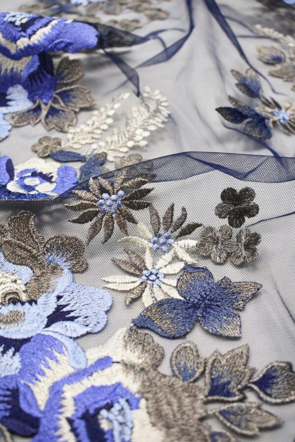 Вышивка на сетке бежевые и синие цветы (6614) - Фото 10