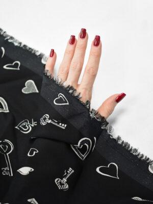 Креп черный с ключиками и сердечками (8339) - Фото 18