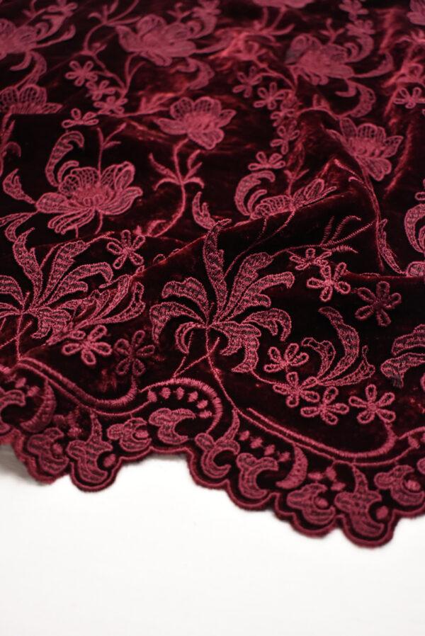 Бархат шелковый бордовый с цветами (8845) - Фото 11