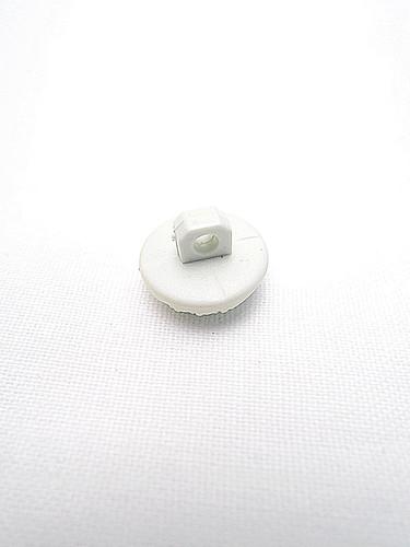 Пуговица пластик молочная с пупырышками (p0225) к2 - Фото 8
