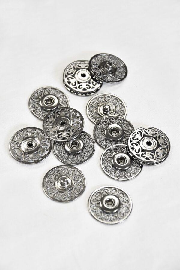 Кнопки пришивные металлические с ажурным узором серебро (p0824) - Фото 7