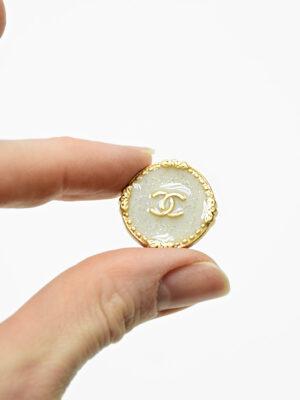 Пуговица металл золото светло-серая эмаль с блестками (р1481) - Фото 27