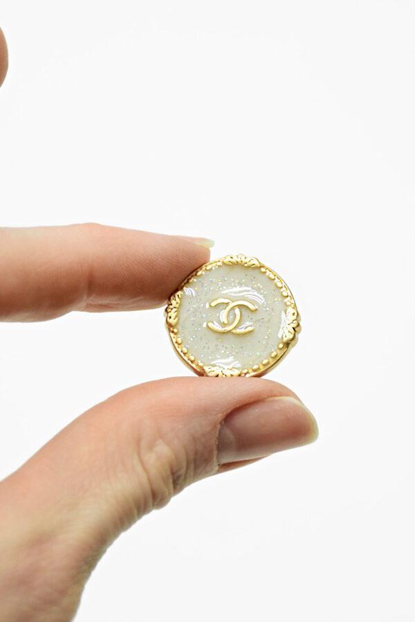 Пуговица металл золото светло-серая эмаль с блестками (р1481) - Фото 7