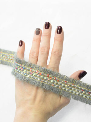 Тесьма серая с разноцветными нитями и бахромой (t0403) к-5 - Фото 14