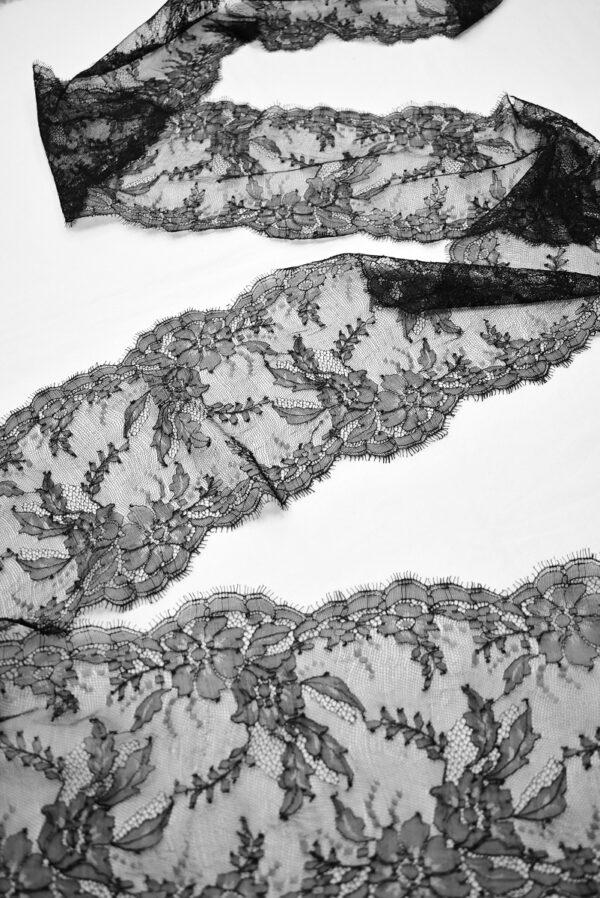 Кружево стрейч черное с цветами и фестонами (t0695) т-22 - Фото 9