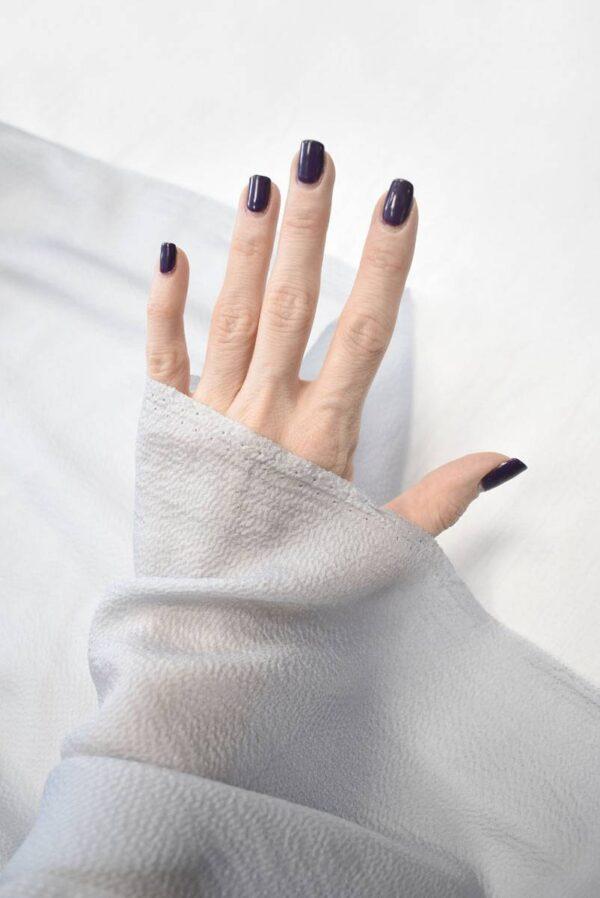 Шифон шелковый фактурный оттенок серая пастель (2023) - Фото 9