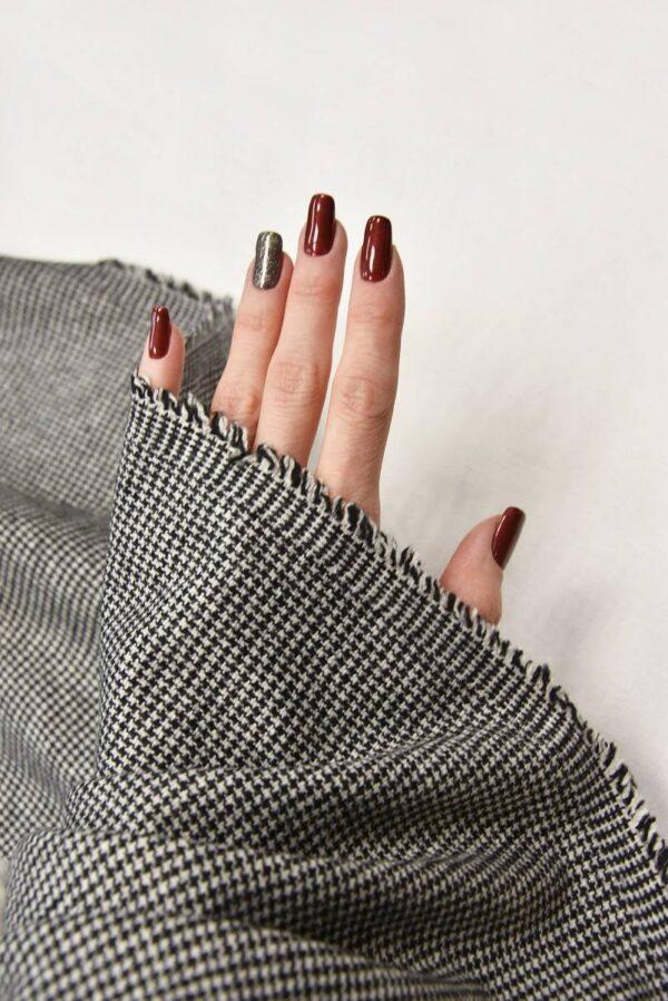 Костюмная шерсть в гусиную лапку с вышивкой меховые цветы стразы (5727) - Фото 10