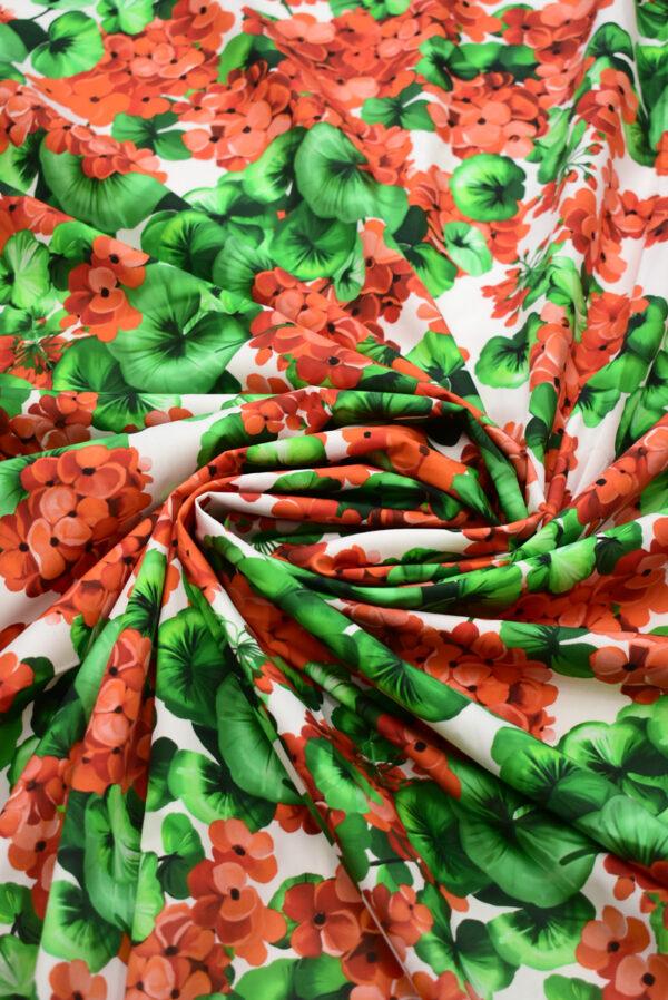 Хлопок белый с красными цветами (8670) - Фото 9