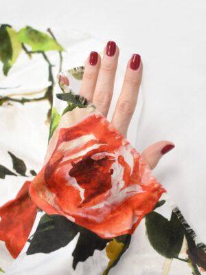 Креп белый с красными розами (9094) - Фото 15