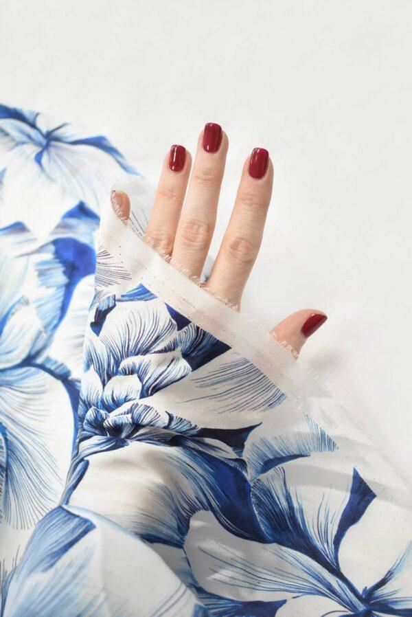 Шелк белый с синими и голубыми цветами (9098) - Фото 7