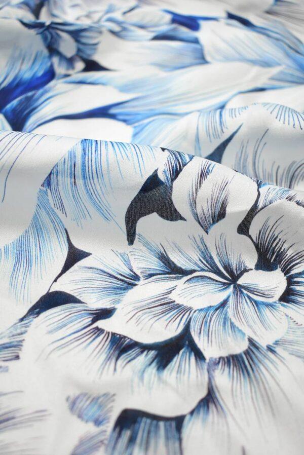 Шелк белый с синими и голубыми цветами (9098) - Фото 10