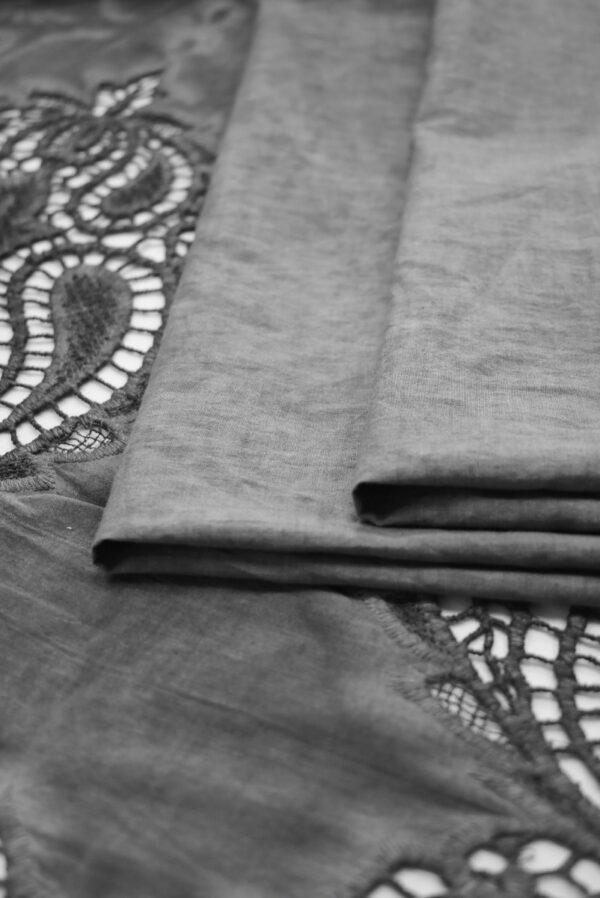 Хлопок варенка серый с вышивкой и кружевной каймой (9178) - Фото 10