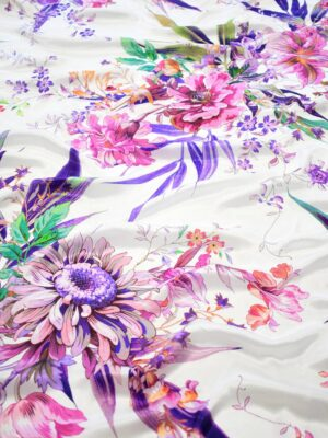 Шелк атласный белый с розовыми и фиолетовыми цветами (9194) - Фото 12