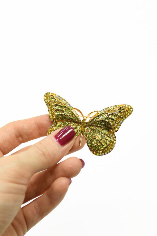 Брошь золотая бабочка с блестками и стразами 2
