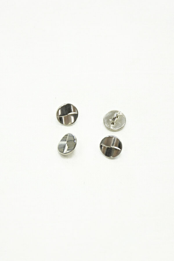 Пуговица маленькая металл сталь 3
