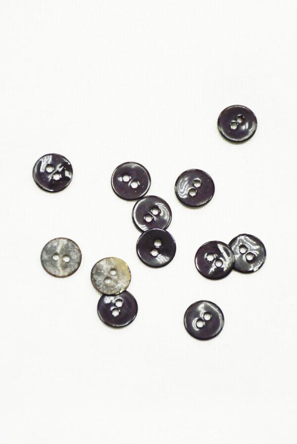 Пуговицы рубашечные темно-баклажановые на прокол 1