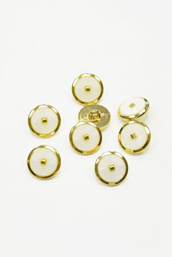 Пуговицы пластик белые с золотой окантовкой 3