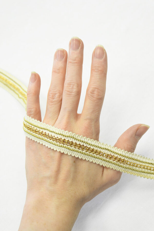 Тесьма белая с золотой цепочкой (t0123) К-14 - Фото 7