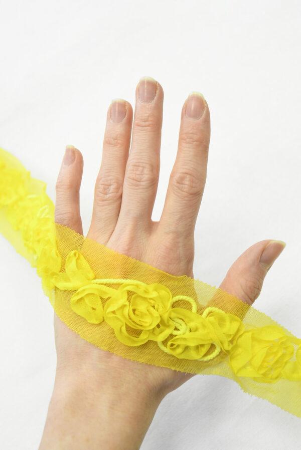 Тесьма желтая с 3Д цветами на сетке (t0167) К-7 - Фото 7