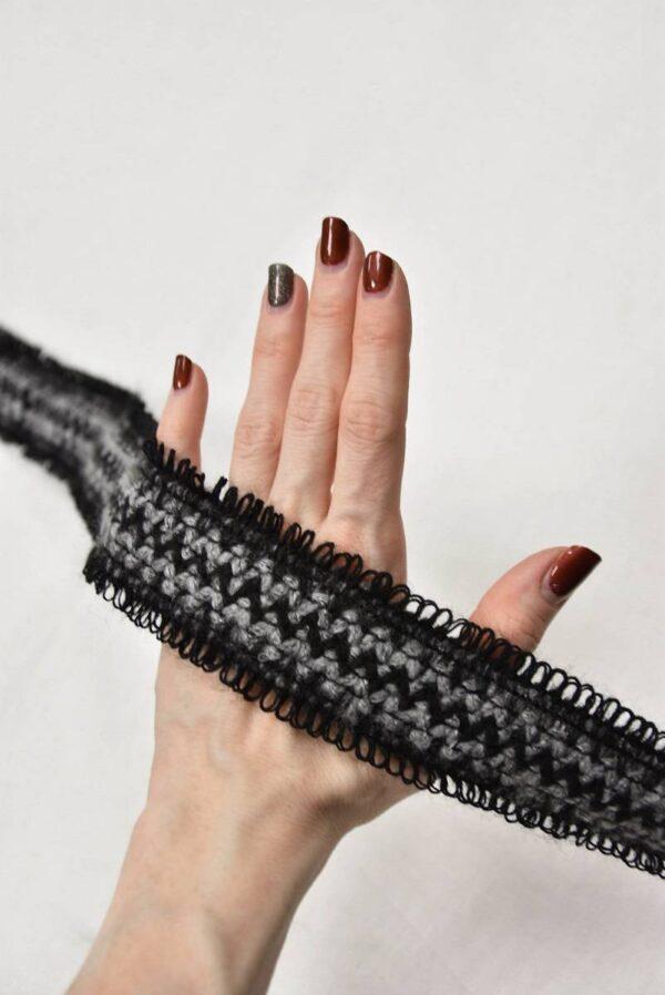 Тесьма шерстяная серая с черным зигзагом (t0597) т-5 - Фото 8