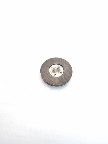 Пуговица маленькая круглая пластик на металлической ножке коричневая (p0145) к17в - Фото 7