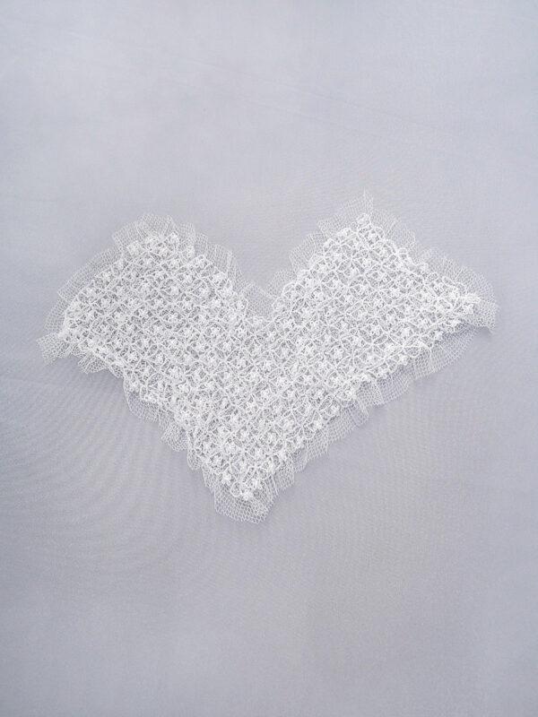 Элемент декора пришивной в виде сердца белый воздушный (t0158) д-2 - Фото 6