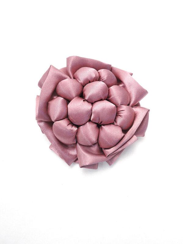 Брошь розовый атласный цветок с булавкой (p0236) - Фото 6