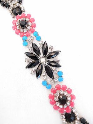 Аппликация пришивная с цветочками из разноцветных камней (t0251) К-броши и декоры 2 - Фото 13
