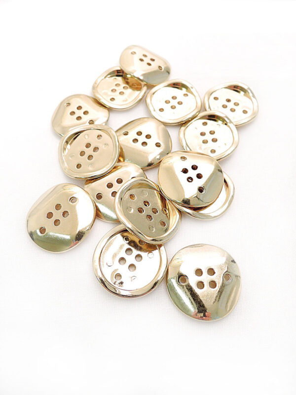 Пуговица металл на шесть проколов цвет золото изогнутая (p0253) к16в - Фото 8