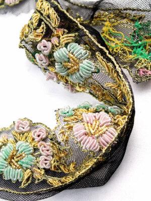 Тесьма с вышивкой золотые мятные розовые цветы на черном (t0300) - Фото 14