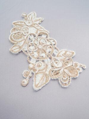 Аппликация шерстяная пришивная белая с бежевым цветы листочки (t0345) К-броши и декоры2 - Фото 12